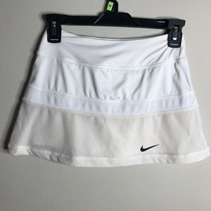 Nike Dri Fit Tennis Skirt White & Cream Size XS